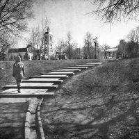 Из глубин сомнений и метаний вырвет и меня накроет вдруг светлая волна воспоминаний :: Ирина Данилова