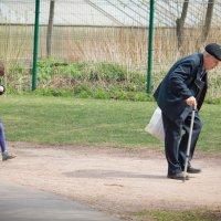 Дед и внучка :: Дмитрий Сушкин