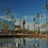 Гейдару Алиеву в Астрахани :: Игорь Кузьмин
