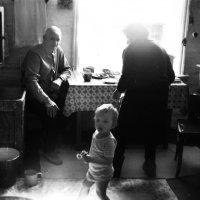 В доме :: Владимир Анакин