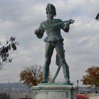 Памятник в Будапеште. :: Инна C