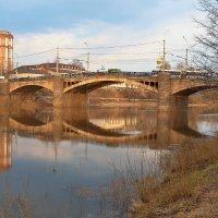 Октябрьский мост в Вологде :: Анатолий Тимофеев