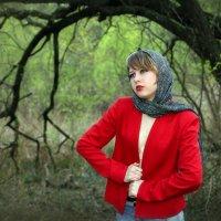 Девушка в красном..4 :: Андрей Войцехов