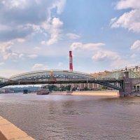 Москва.Мост Богдана Хмельницкого. :: Владимир Кочетков