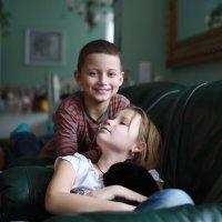 брат и сестра! :: Vitali Sheida