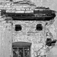 ...старый дом :: Александр Гриднев