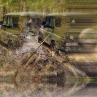 Чем круче джип, тем дольше идти за трактором :: Евгений Жиляев