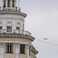 самолет летит в Россию :: Алекс Мо