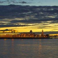 Вечерняя иллюминация :: Valerii Ivanov