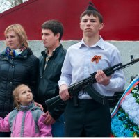 Когда у меня будет братик, я буду им гордится... :: Владимир Хиль