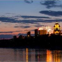 Вечерний Хабаровск, вид с Амурской протоки :: Volkov Igor