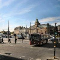 Стокгольм - раннее утро, длинные тени. (Вид из автобуса). :: Sergey Serebrykov