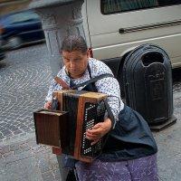 Уличный портрет :: Георгий Столяров