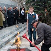 Дед и правнук...  им есть чем гордится :: Владимир Хиль