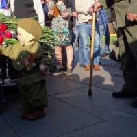 9 мая 2014 г. Бессмертный полк. Поколение. :: Юрий Журавлев