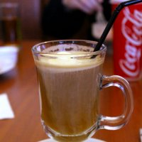 Чашка кофе на столе :: Юрий Ермаков
