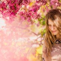 Анечка в цветах :: Инна Усик