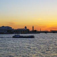 Наблюдая закат :: Valerii Ivanov
