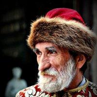 Не хотели бы фото с князем ? :: Юрий Гординский