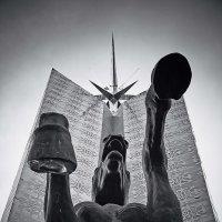 кольцевая (скульптуры Астаны) :: Arman