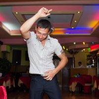 танец во имя невесты :: ROMAN Ross
