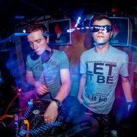 Club Life :: Антон Оленин
