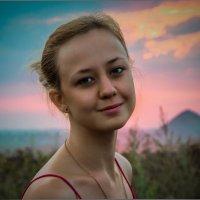 приехала домой... :: Дарья Довгопольская