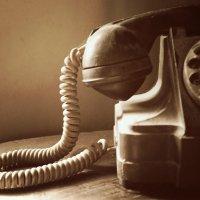 Old Telephone :: Liana Harutyunyan