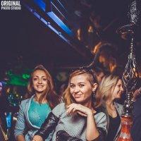 Концерт в ночном клубе :: Toni Merkel
