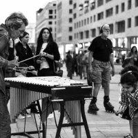 Уличный музыкант :: Лиля Ахвердян