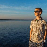 Прогулка по Волге :: Максим Шоркин
