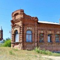 Очень старый дом :: Евгений Алябьев