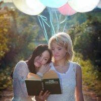 Виола и Таня :: Любовь Чистякова