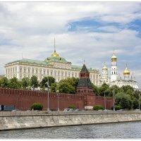 Кремлёвская Набережная :: Александр Назаров