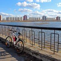 Северодвинск. Велик + фотик. Вид на рефулёрное озеро :: Владимир Шибинский