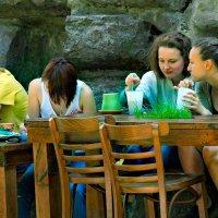 летнее кафе :: Владимир Матва