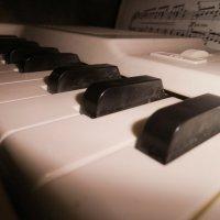 Электрическое пианино глазами ребенка :: Светлана Игнатьева