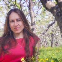 В вишневом саду 2 :: Игорь Гутлянский