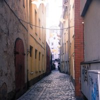Узенькие улицы Риги :: Chera -