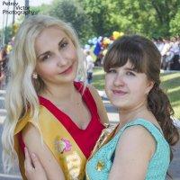 Валентина и Катя :: Виктор Петров