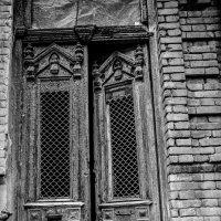 Двери Тбилиси :: Татьяна Чермашенцева(Сhe)