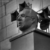 памятник Левитану :: Дмитрий Барабанщиков