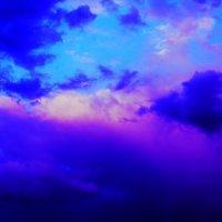 Небо не понимает намеков, но обожает искренность... :: Юрий Гайворонский