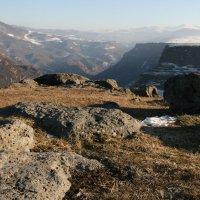 Каньон в Армении-1 :: Владимир Дмитриев