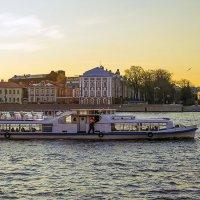Водные экскурсии :: Valerii Ivanov