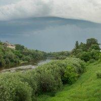 Смоленск. Грозовой вал над Днепром. :: Олег Козлов