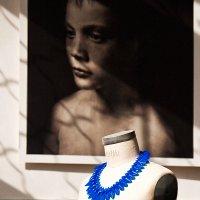 Синие бусы :: Юрий Вайсенблюм