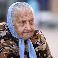 Синий платочек... :: Анна Корсакова