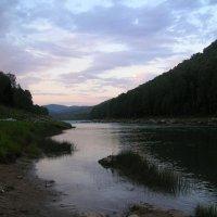 Утро на реке :: Артём Ладный