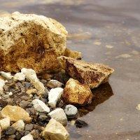 Холодный камень :: Виталий Житков